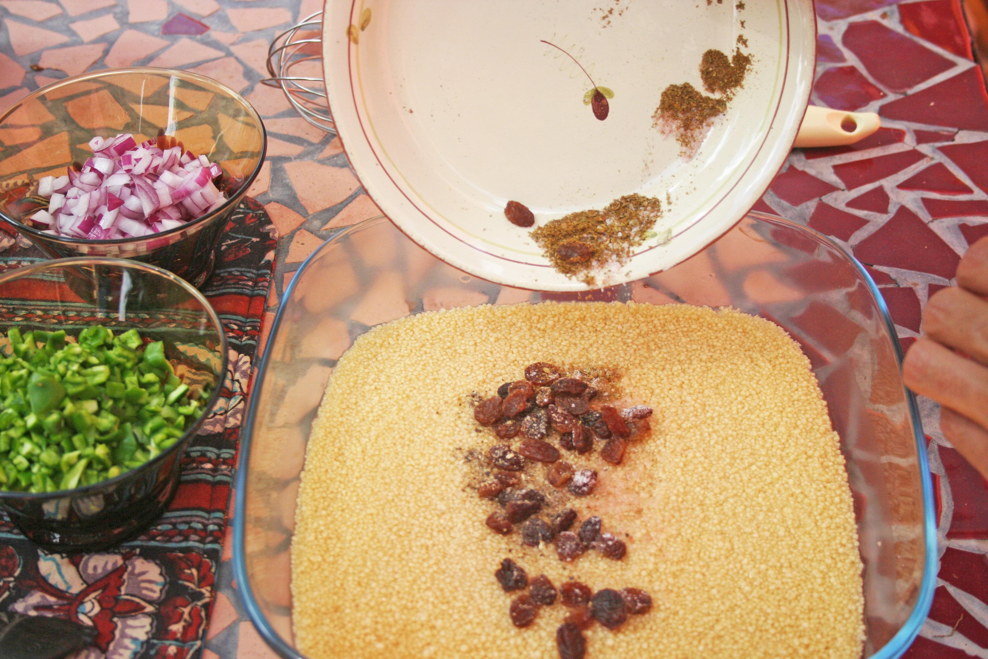 Añadimos fruta seca y especias