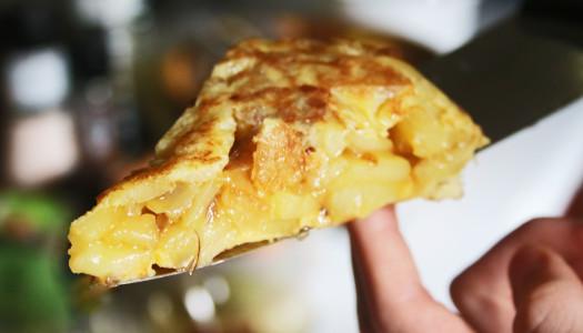 Tortilla de patata jugosa. Odiada y amada.